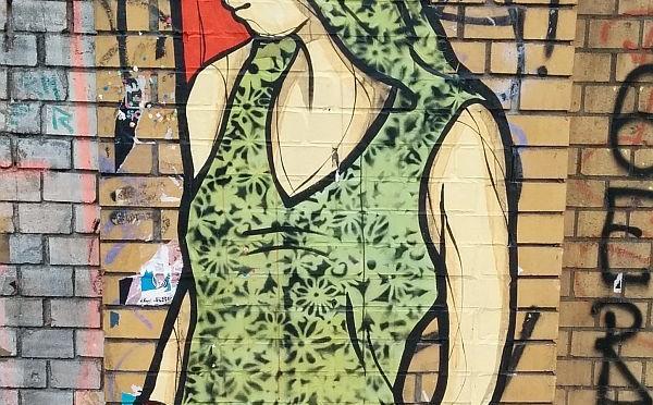 Grafitti Berlin Girl